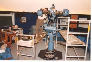 Installation of the Konica-Minolta MS-8 star projector in 1992.